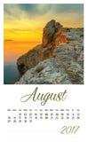 de fotokalender van 2017 met minimalistisch landschap augustus Stock Foto