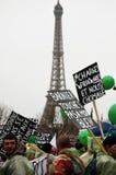 De Franse landbouwers slaan in Parijs Stock Fotografie