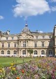 De Franse senaat in Parijs stock afbeeldingen
