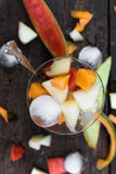 De fruitsalade van de Topviewmeloen royalty-vrije stock afbeeldingen