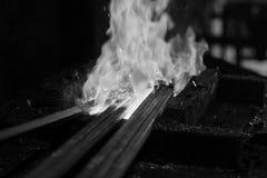 De fundición en un herrero Forge Foto de archivo libre de regalías