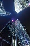 De futuristische moderne bouw aan hemel Royalty-vrije Stock Foto's