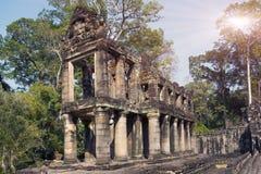 De galerij in de Eeuw van tempelpreah Khan ruins12th in Angkor Wat, Siem oogst, Kambodja Stock Foto
