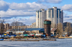 De Galernaya-Haven bij het Vasilievsky-eiland Stock Foto