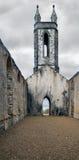 De gamla fördärvar kyrkan på Dunlewey Royaltyfri Bild
