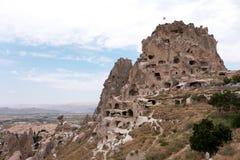 De gamla förstörda husen på lutningarna av den forntida fästningen Royaltyfria Foton