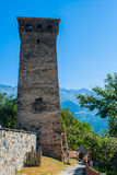 De gamla tornen i Svanetia, Mestia, Georgia Royaltyfri Foto