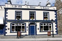 De Gammal Abbey Tavern, Howth, Irland Arkivfoto