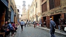 De Gang in Islamitisch Kaïro stock videobeelden