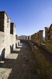 De gang van de borstwering van het kasteel Stock Afbeelding