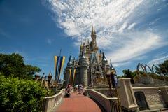 De gang van Disney Orlando aan kasteel Royalty-vrije Stock Afbeelding