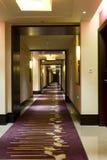 De gang van het hotel Royalty-vrije Stock Afbeeldingen