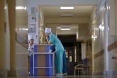 De gang van het ziekenhuis Royalty-vrije Stock Fotografie