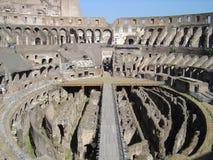 De gangen van Coliseum stock foto's