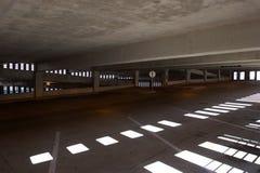 De Garage van het parkeren stock fotografie