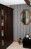 De garderobehoek van de slaapkamer stock afbeeldingen