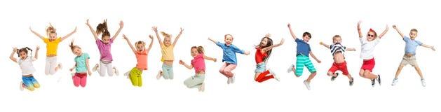 De gata, skraj och moderna dansarna f?r ungedansskola, f?r balett, hiphop, fotografering för bildbyråer