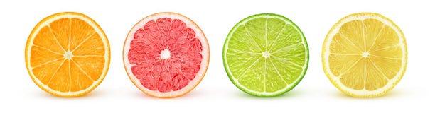 De geïsoleerde citrusvruchtenhelften Stock Afbeelding