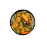 De geïsoleerde Vietnamese soep van de kippennoedel Royalty-vrije Stock Foto's