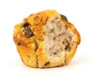 De gebeten muffin van de frambozenchocoladeschilfer Stock Afbeelding