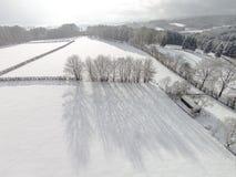 De gebiedenlandschap van de de wintersneeuw stock fotografie