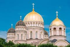 De Geboorte van Christus van Riga van de Kathedraal van Christus - Beroemde Kerk op Blauwe Zonnig stock foto