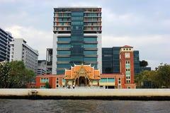 De gebouwen van Bangkok en gemengde architectuur, Thailand Stock Fotografie