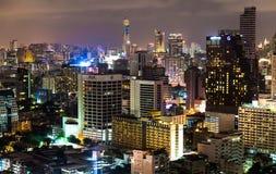 De gebouwen van Bangkok en nightscape Royalty-vrije Stock Foto's