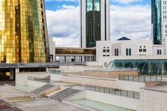 De Gebouwen van de overheid in Astana Royalty-vrije Stock Foto's