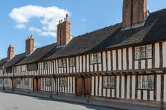 De gebouwen van de Tudorstijl royalty-vrije stock afbeeldingen