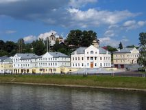 De gebouwen van het bureau in stad. Stock Foto's