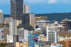 De Gebouwen van het de Stadscentrum van Durban tegen Blauwe Hemel Royalty-vrije Stock Foto