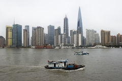 De gebouwen van Shanghai Lujiazui Royalty-vrije Stock Afbeeldingen