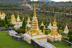 De gebouwen van steenbudda in park Nong Nooch (Pattaya, stock afbeeldingen
