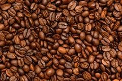 De gebraden donkere achtergrond van Koffiebonen Stock Fotografie