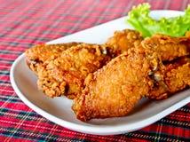 De gebraden vleugels van de kip Stock Foto