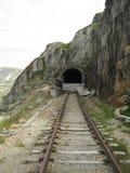 De gebroken tunnel royalty-vrije stock fotografie