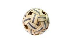 De gebruikte geïsoleerde bal van Sepak Takraw - Royalty-vrije Stock Foto