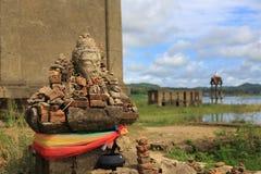 De Gedaalde tempel, dalende tempel Stock Foto's