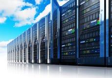 De gegevensverwerking van de wolk en computervoorzien van een netwerk concept Stock Fotografie