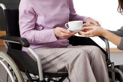 De gehandicapten helpen Stock Fotografie