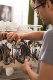 De geheimen van het voorbereiden van heerlijke koffie Royalty-vrije Stock Foto's