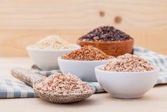 De gehele beste rijst van de korrel Traditionele Thaise rijst voor gezond en schoon voedsel stock fotografie