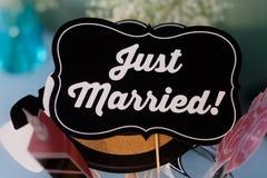 De Gehuwde enkel Vertoning van de Huwelijkssteun Royalty-vrije Stock Afbeeldingen