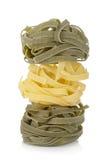 De gekleurde deegwaren van Fettuccine nest Stock Afbeeldingen