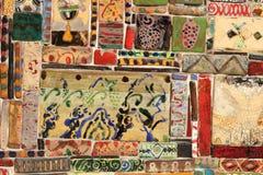 De gekleurde tegels op de Klokketoren in de stad van Tbilisi, Georgiatiles Stock Fotografie