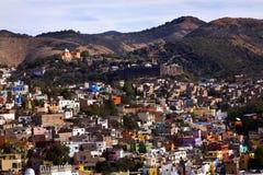 De gekleurde Zilveren Mijn Mexico van Valencia van Huizen Stock Afbeeldingen