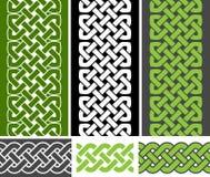3 de geknoopte naadloze grenzen en 3 in Keltische stijl vlechten naadloze grensvariaties, vectorillustratie Royalty-vrije Stock Fotografie