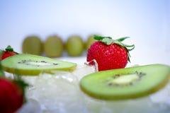 De gekoelde Vruchten maken Perfecte Woestijnen Royalty-vrije Stock Afbeeldingen