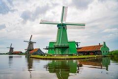 De Gekroonde Poelenburg, De Kat, moulin à vent de Windmill De Zoeker et photos stock